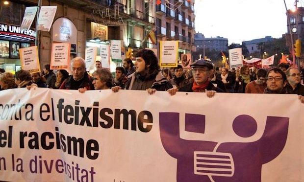 Perill: feixistes i racistes! Construïm Unitat contra el feixisme i el racisme